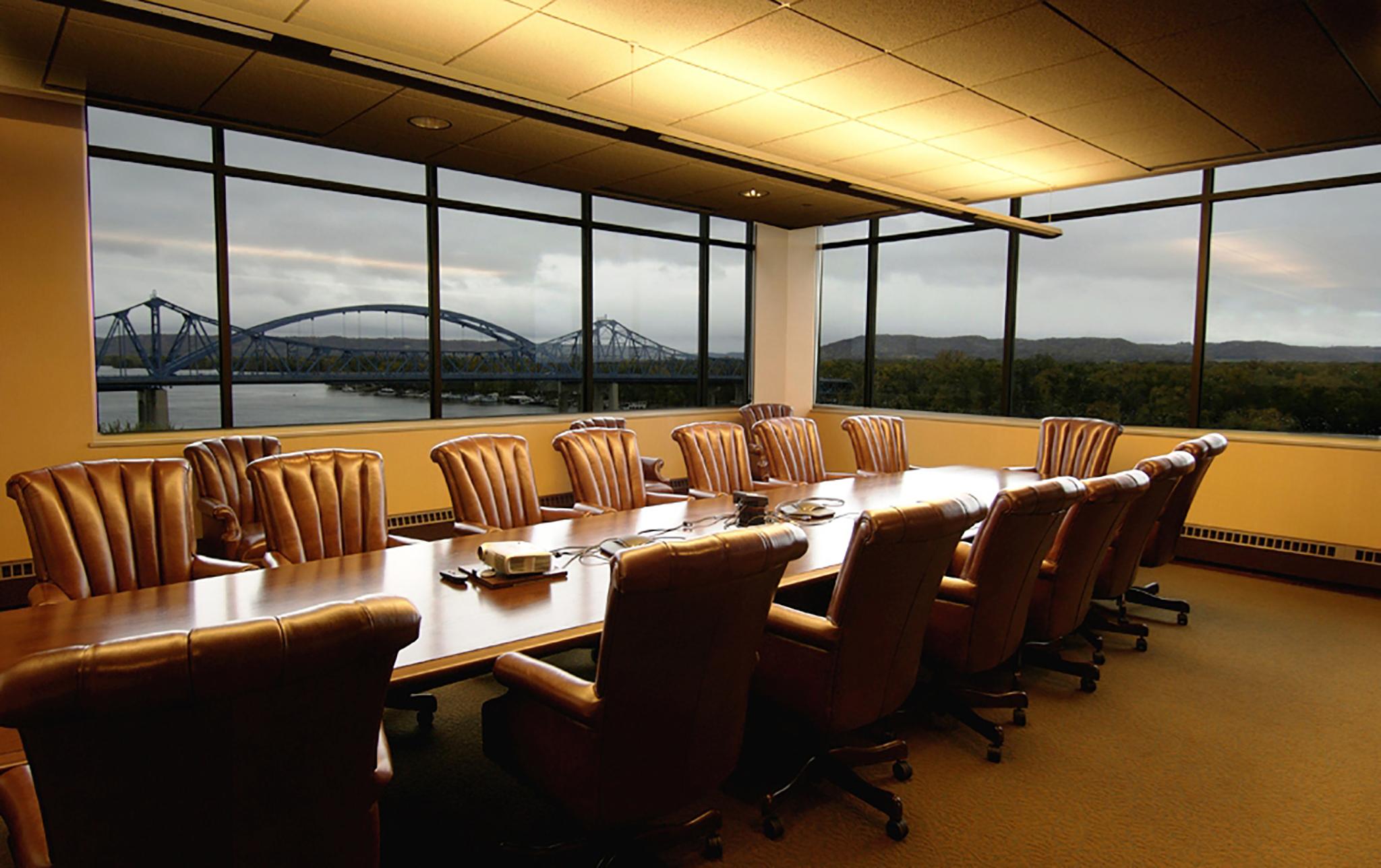 17_Riverside-Center-Office-Complex