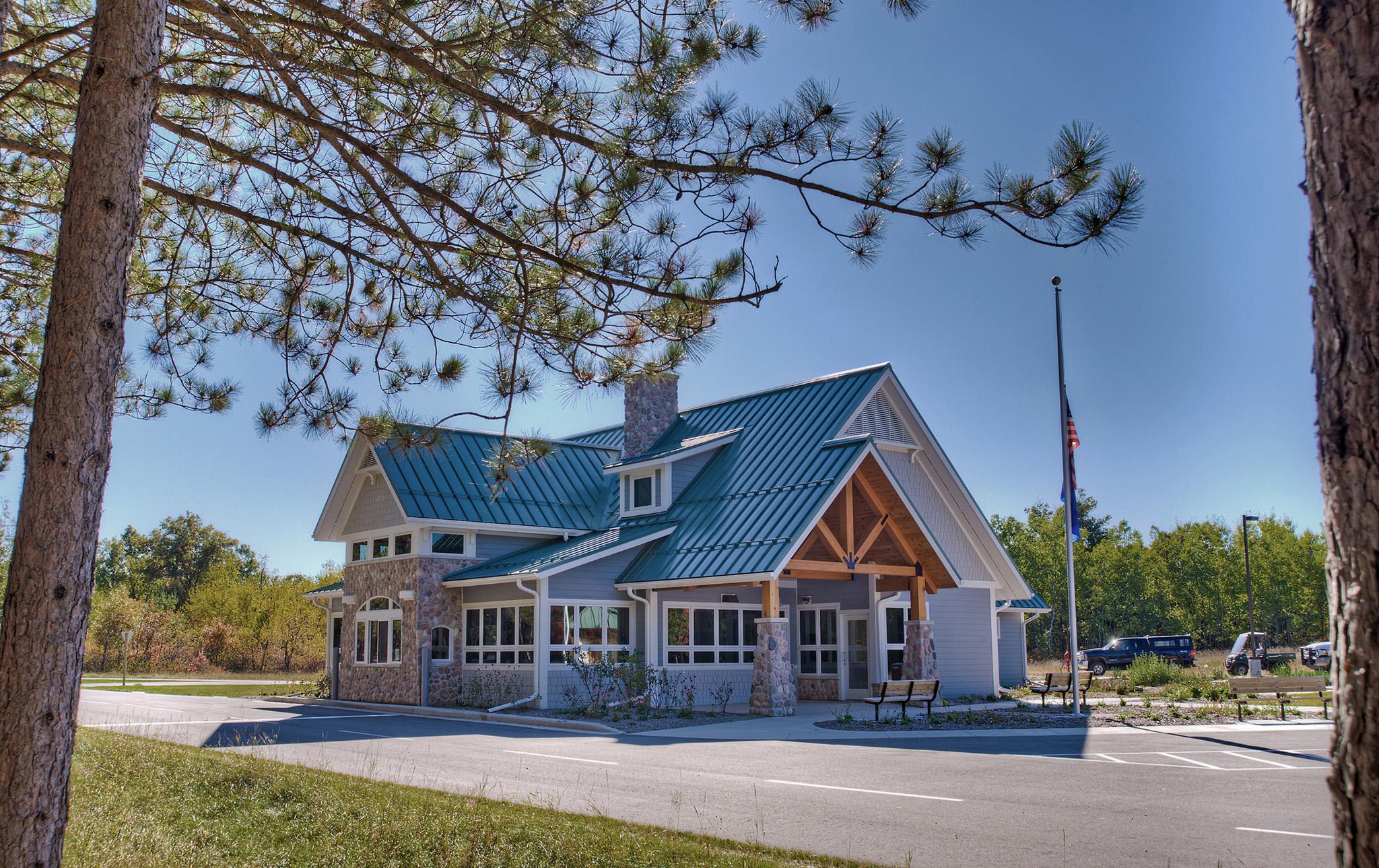 Governor-Thompson-State-Park-Visitors-Center