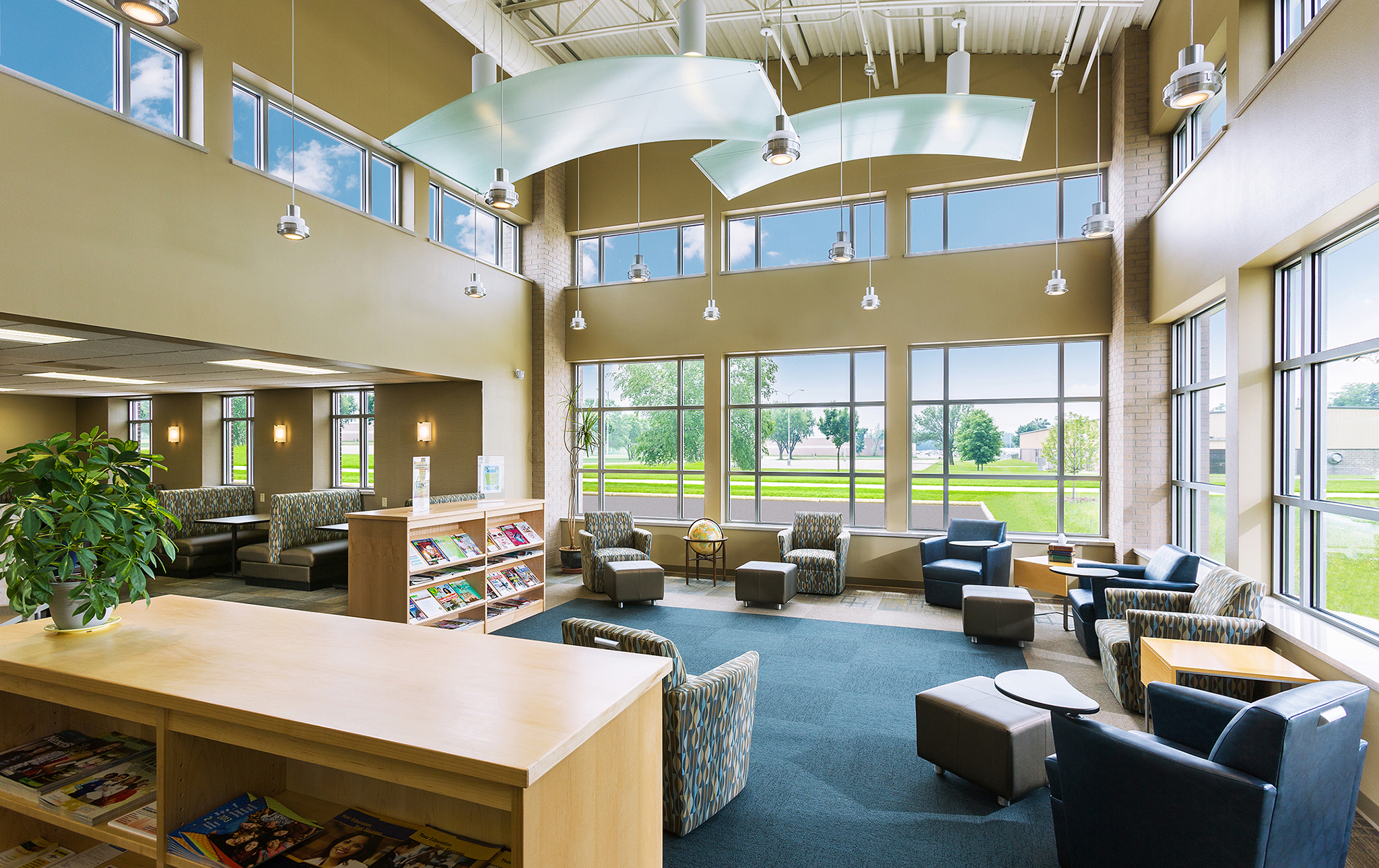 1_MPTC Student Life & Library