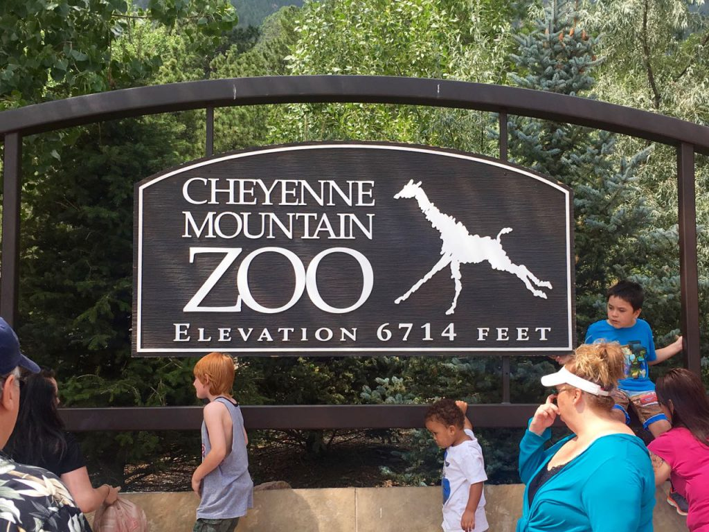 Cheyenne Mountain Zoo Sign