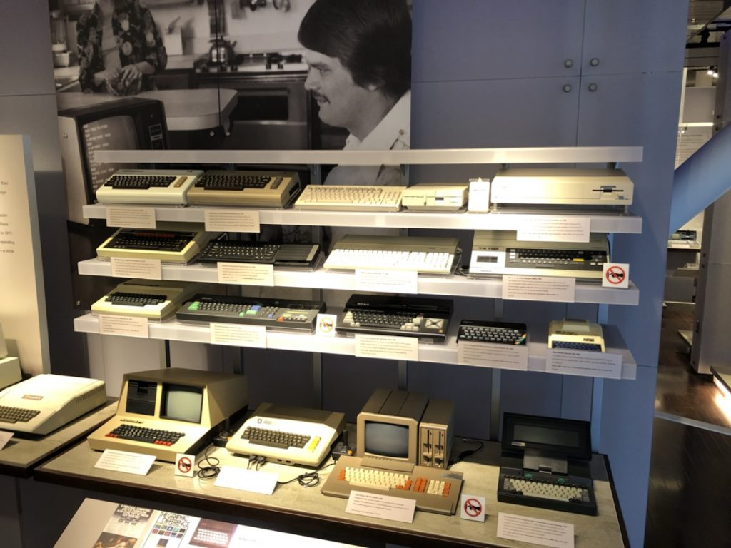 Assortment of vintage computers