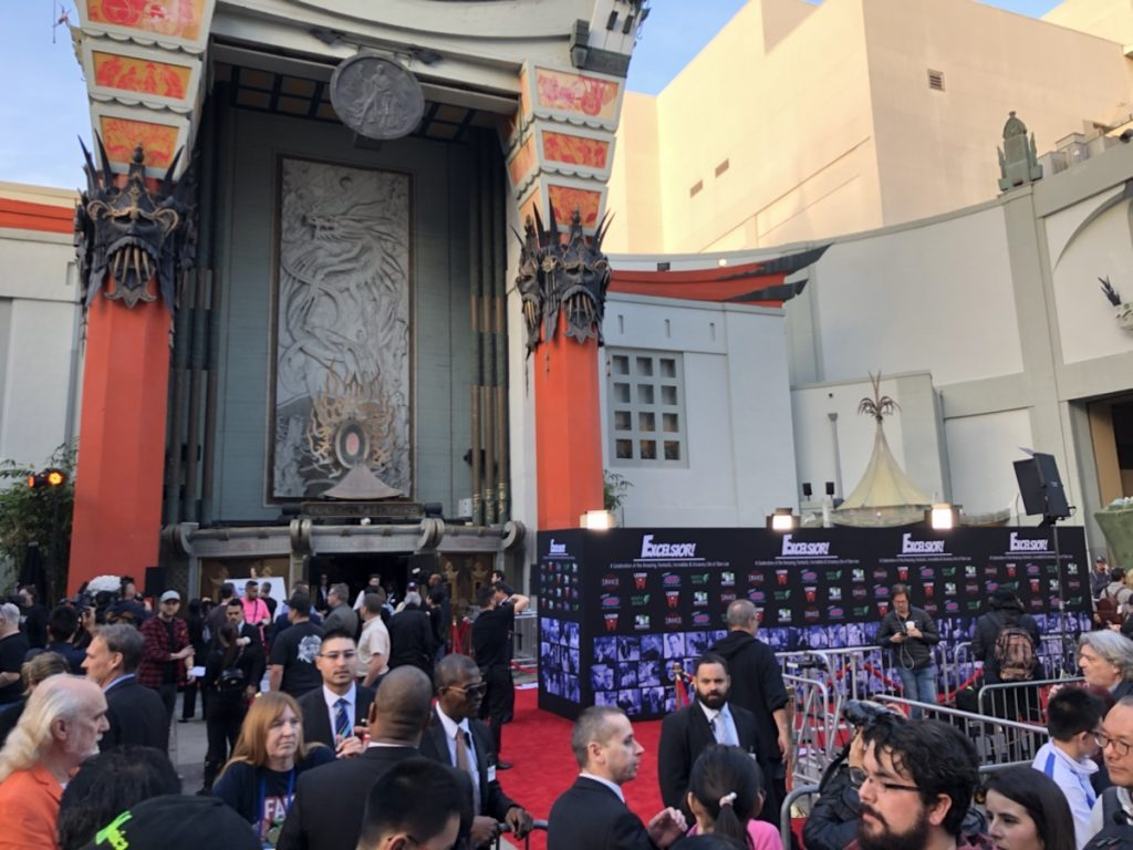 Crowd in front of TCL Chinese Theatre for Stan Lee Tribute