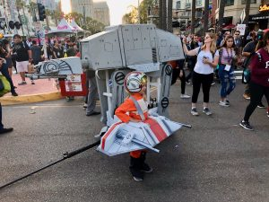 Comic Con 2019 - AT-AT and Rebel vehicles