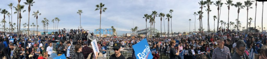 Crowds at Bernie rally in Venice
