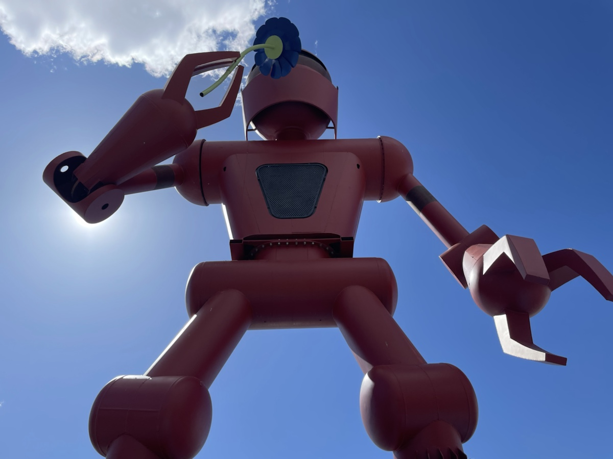 Meow Wolf - Giant Robot Statue
