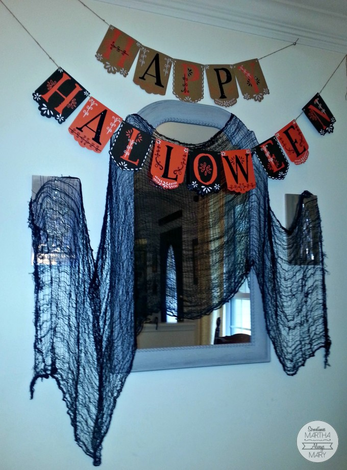 Halloween mirror dining room SMAM