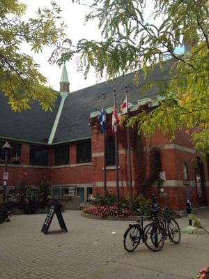 Bibliothèque Du Mile End