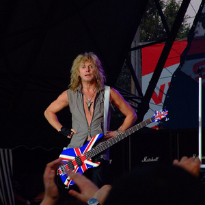Def Leppard at Bell Centre (May 2, 2015)