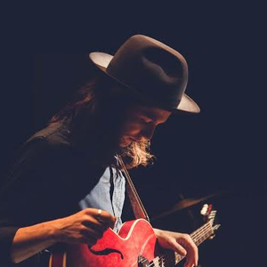 James Bay with Marc Scibilia at Théâtre Corona Virgin Mobile (April 25, 2015)