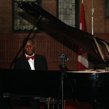 Le Piano Majestueux