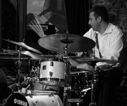 Upstairs Jam Session de Jim Doxas avec Sam Dickinson & Adrian Vedady
