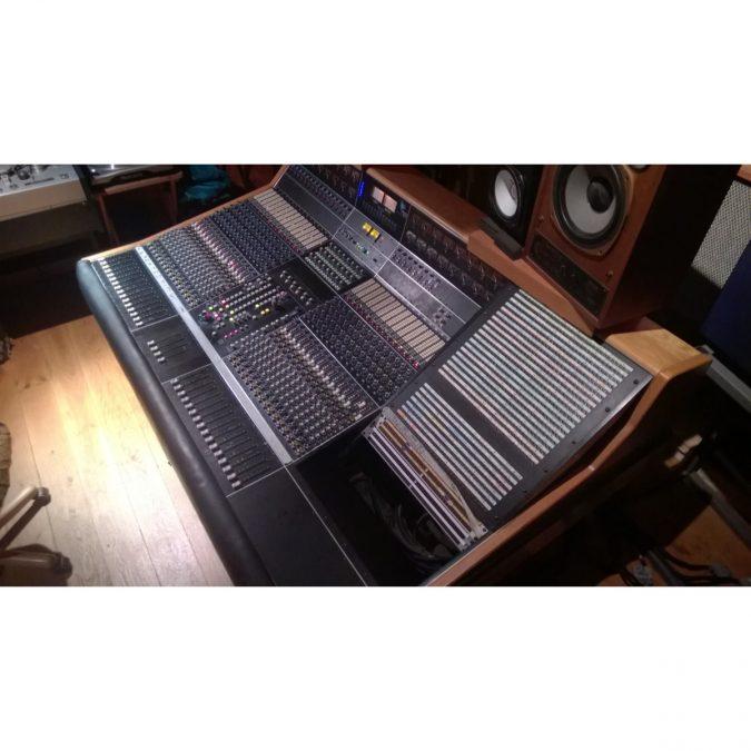 API Legacy Plus 32 Input Analog Recording Console (Used)