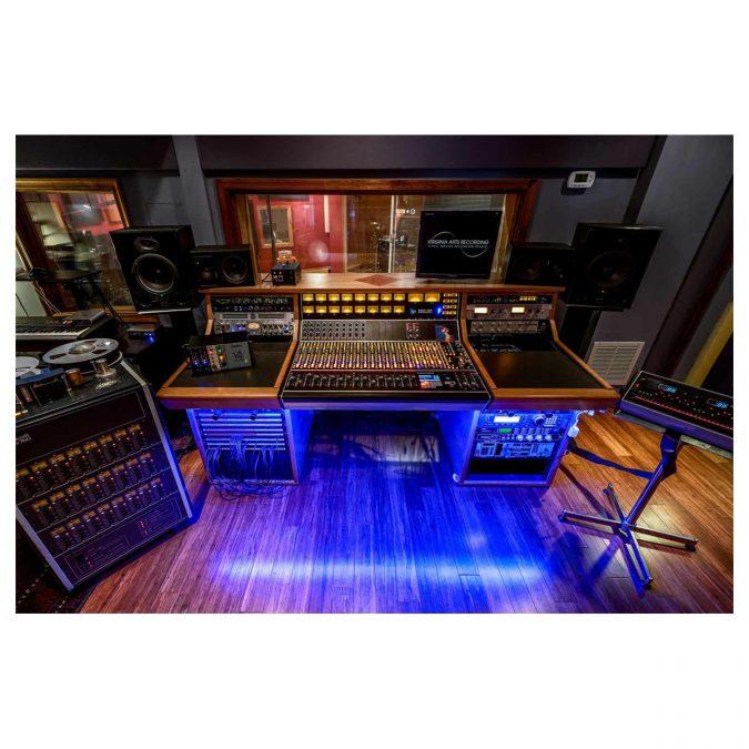 API 1608 32-Channel Recording Console Frame No EQ's