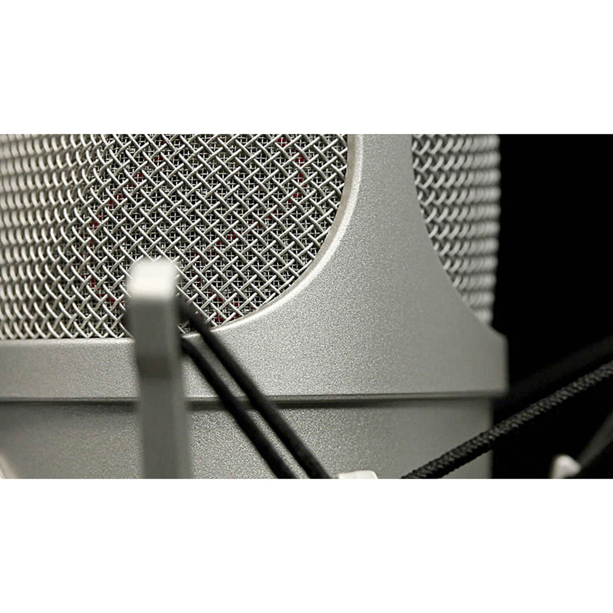 Neumann Tlm 107 R Condenser Microphone Sonic Circus Power Pc Microphones From P48 Or Phantom 48 Volts