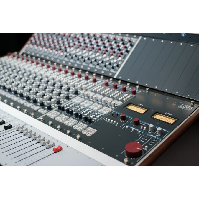 Rupert Neve Designs 5088 Shelford 16 Channel Console Loaded