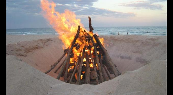 Beachside Bonfires & Seaside Celebrations