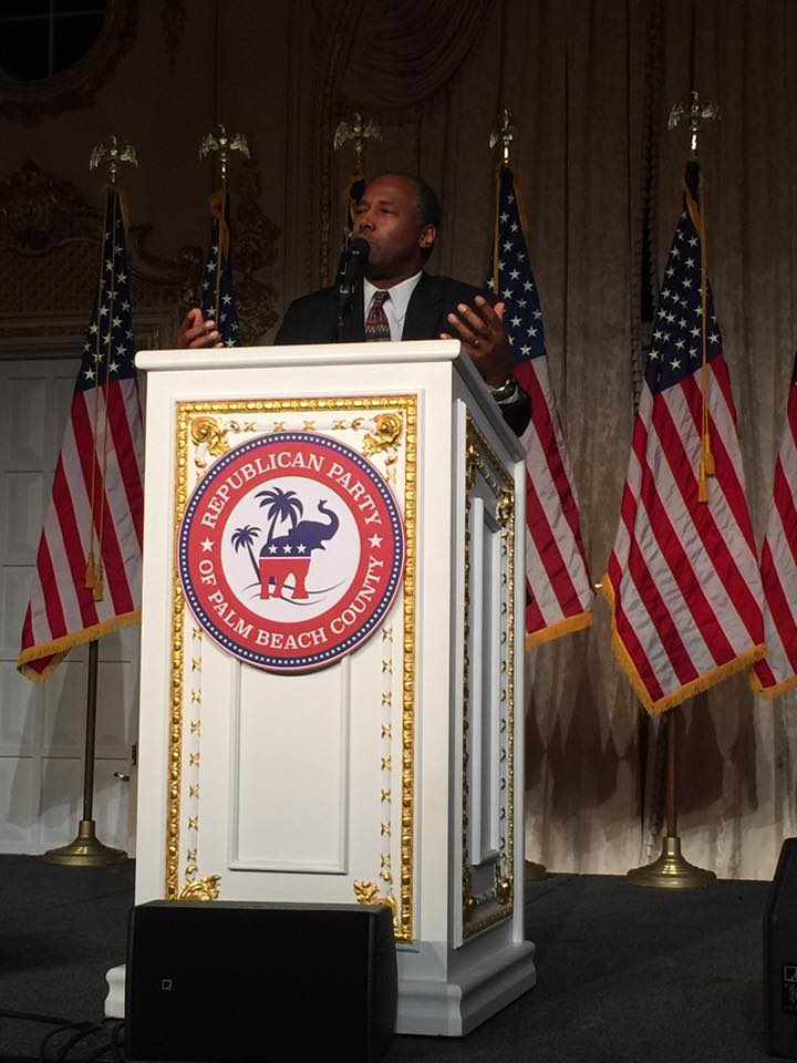 Ben Carson addressing the Republican Party of Palm Beach County Lincoln Day Dinner attendees