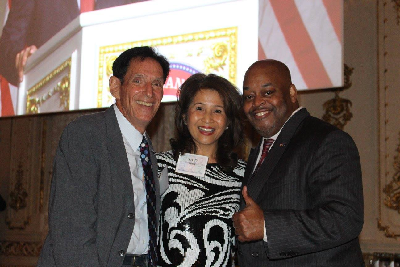 (L-R) Sid Dinerstein, Thuy Lowe, Niger Innis