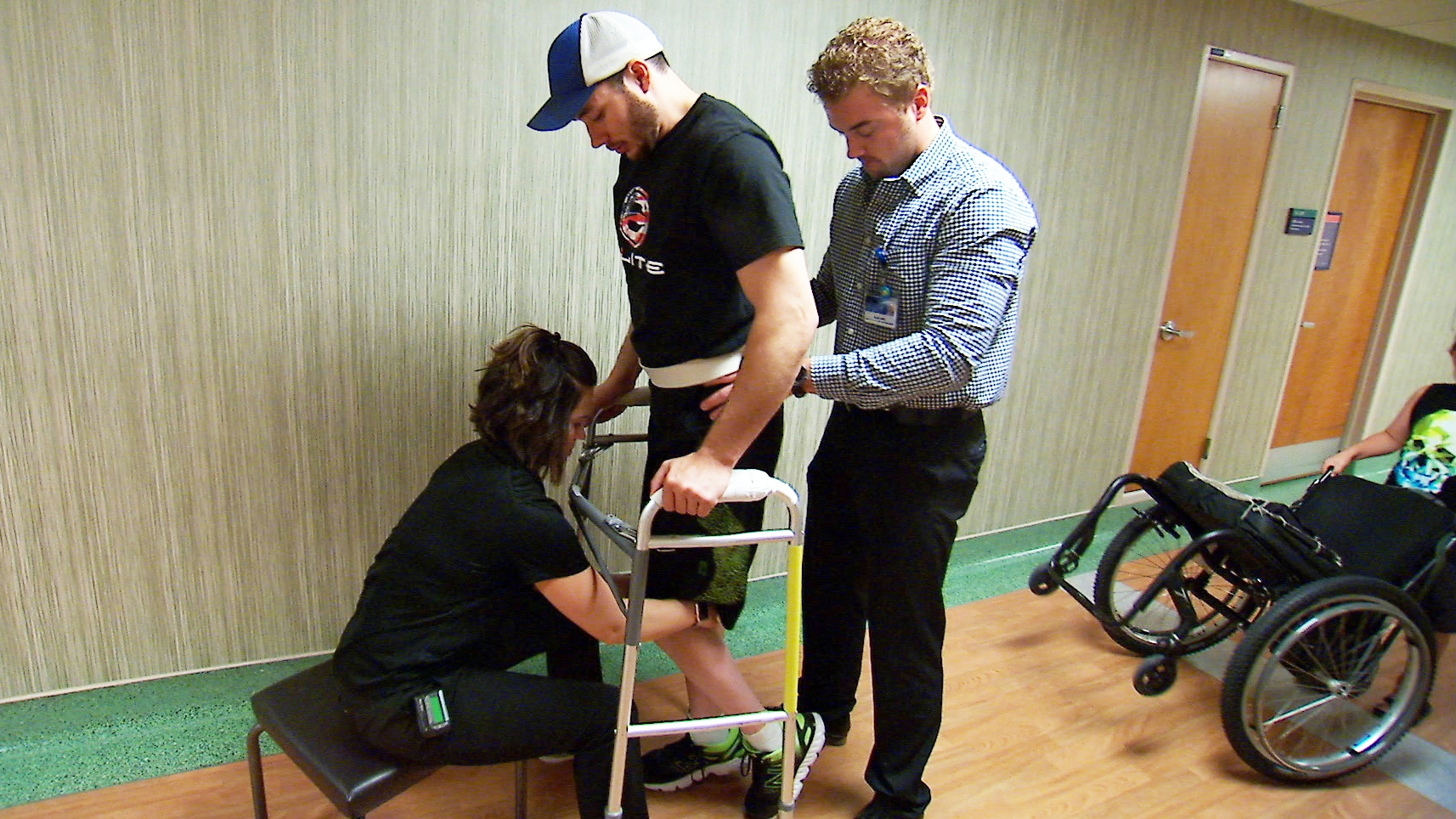 Spinal Cord Stimulation Physical Therapy Help Paralyzed Man Stand Walk Video South Florida