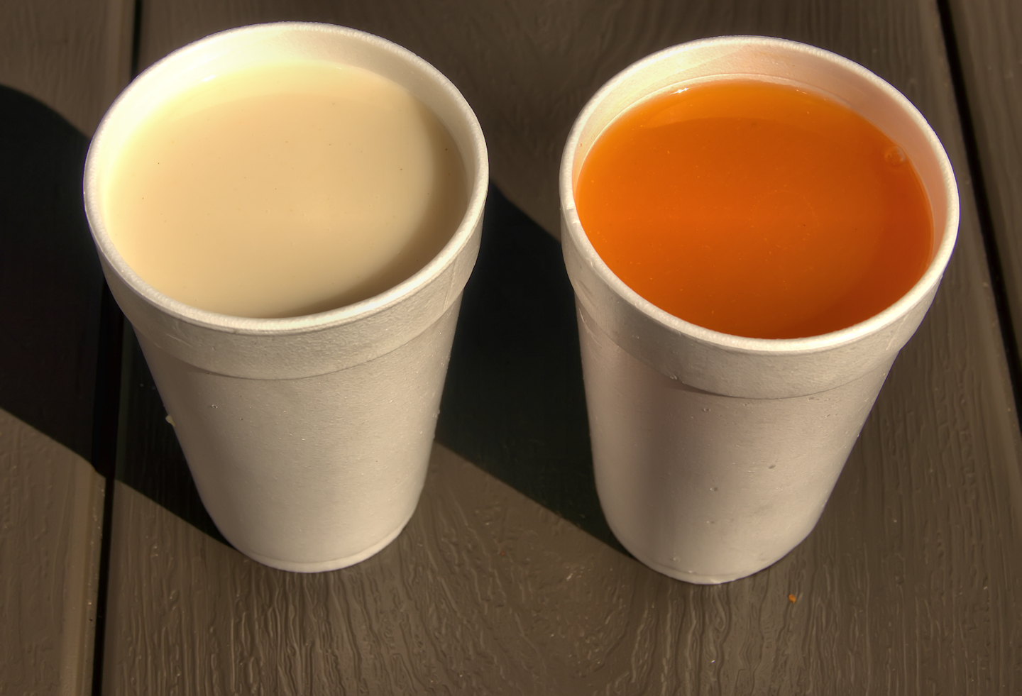 Komosol-and-grenadin-left-and-right-fruit-drinks