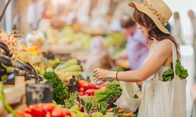 3 Reasons to Shop at Your Local Farmers' Market