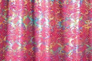 Animal Prints Hologram (Bright berry/Irid))