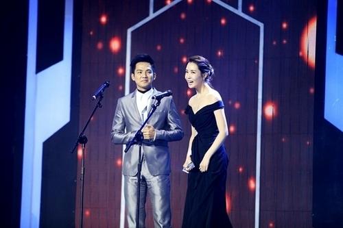 Lee Da Hae wins best actress award