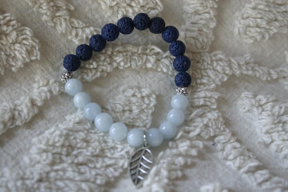 Essential Oil Bracelet/blue W/leaf