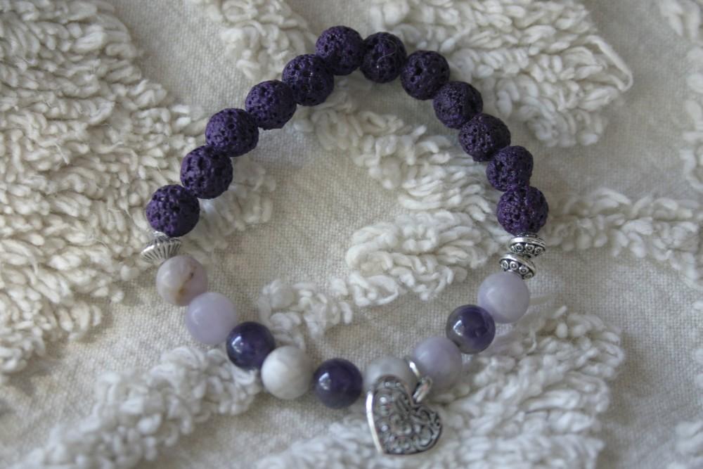 Essential Oil Bracelet/Purple With Heart