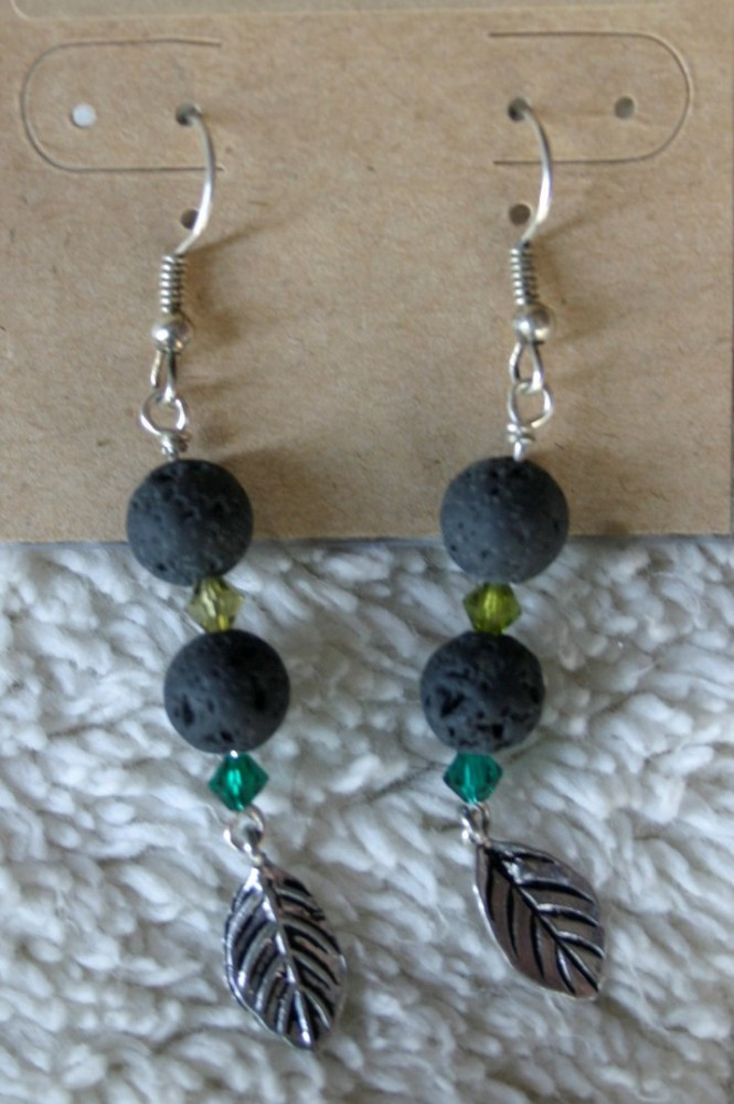 Essential Oil Earrings/green W/leaf