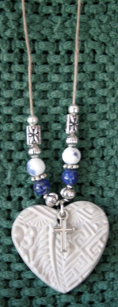 Essential Oil Necklace/Blue Heart W/cross