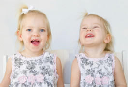 Dual puzzle: Some identical twins, though they share all the same genes, differ in their diagnosis of autism.  ©iStock.com/sonyae