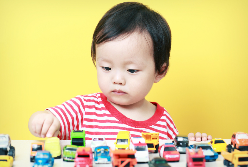 Sweeping study underscores autism's overlap with obsessions