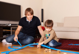 Social progress: A simple tool may measure subtle changes in social communication skills as children receive behavioral therapy. ©iStock.com / Kirill Linnik