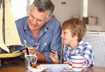 Father figures: Autism-like traits in older fathers may contribute more to autism risk than mutations that accumulate in aging sperm.©iStock.com / monkeybusinessimages