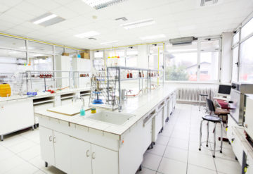 Lonely labs: Drastic cuts to the U.S. government's research budget could shrink the numbers of researchers. skynesher  / iStock