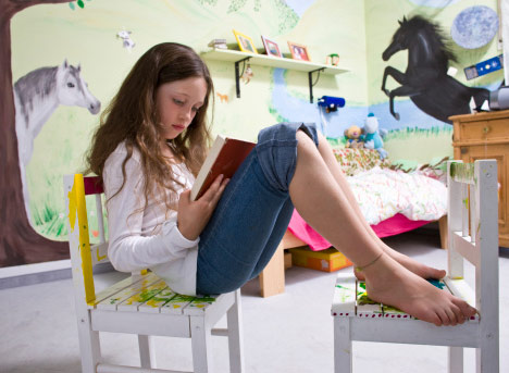 Females With Autism Show Greater >> Diagnosis Eludes Many Girls With Autism Study Says Spectrum