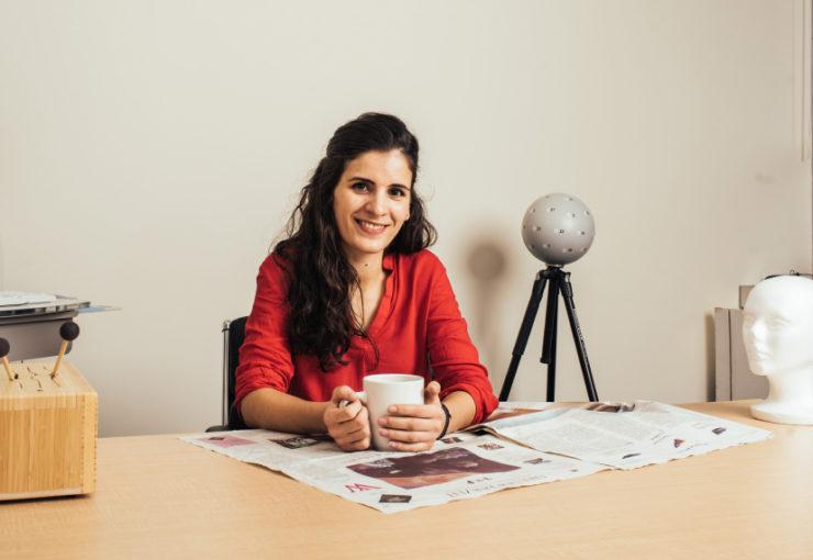 Gabriela Rosenblau in her lab.
