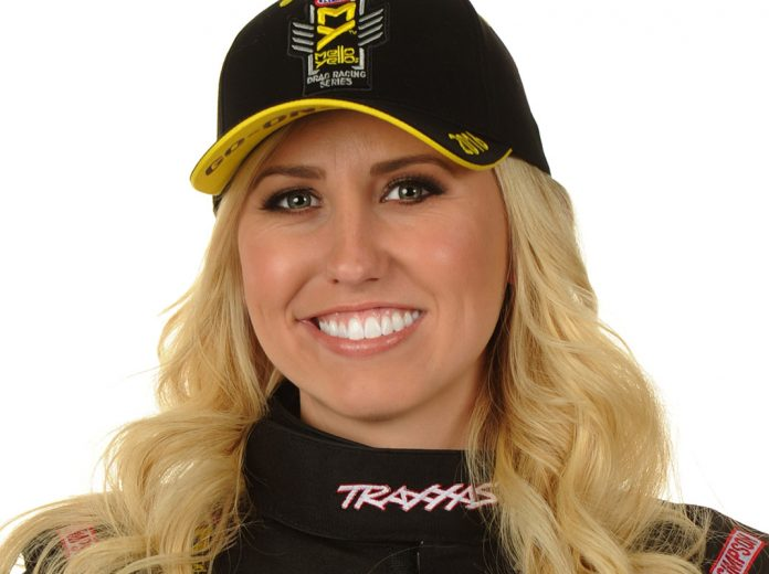 Advise Did courtney force do noode pics sorry