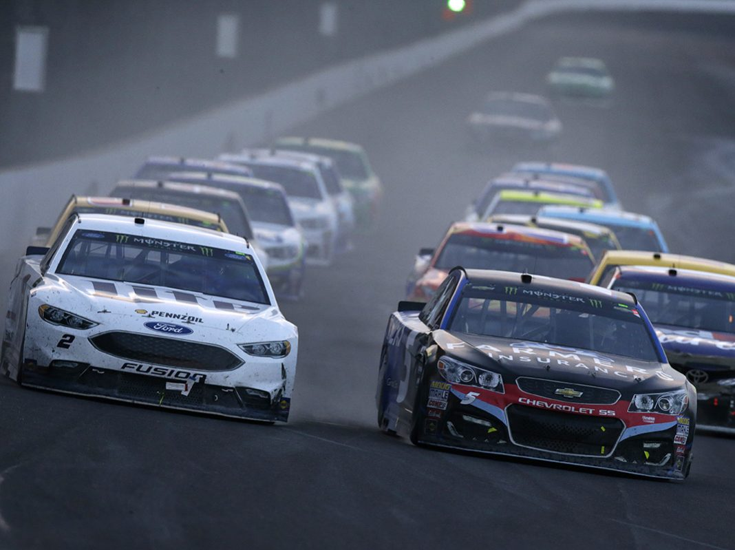 Kahne Survives Conquers Chaotic Brickyard 400 Page 2 Of