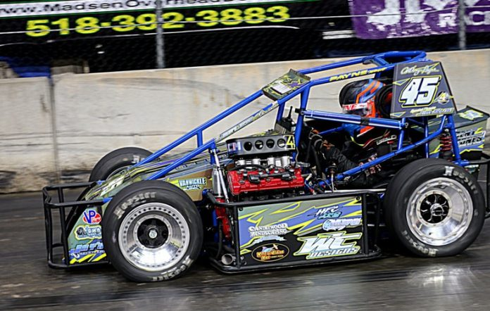Think, that tq midget chassis right!