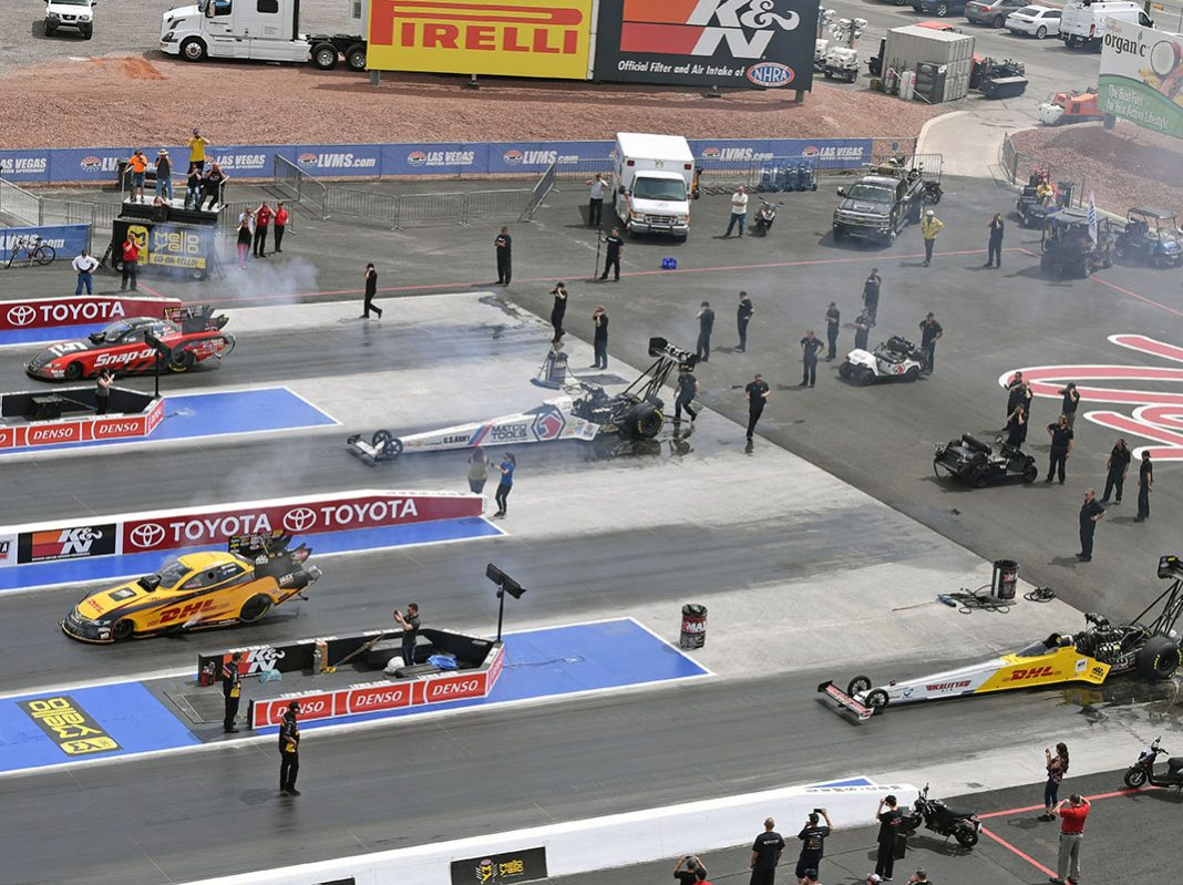 Four wide racing debuts in las vegas speed sport for Las vegas motor speedway drag strip