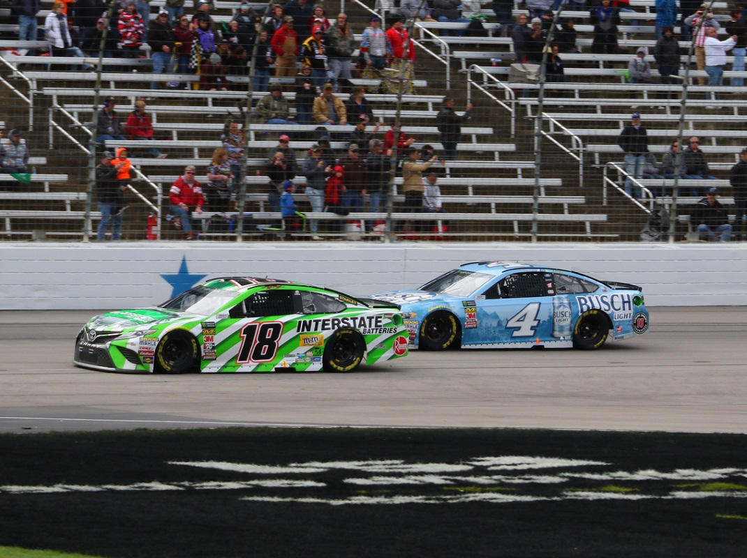 Nascar Admits Missed Pit Penalty On Harvick Speed Sport