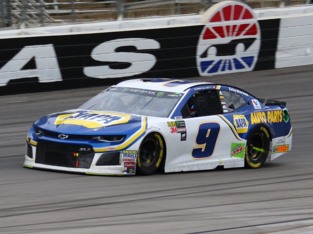 Beautiful Chase Elliott In Action During Sundayu0027s Ou0027Reilly Auto Parts 500 At Texas  Motor Speedway. (Ivan Veldhuizen Photo)