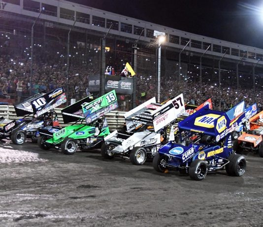 Knoxville Nationals Four-Wide