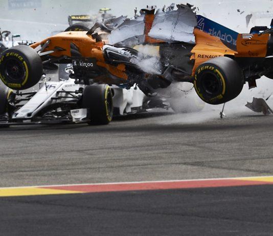 Leclerc Alonso Crash