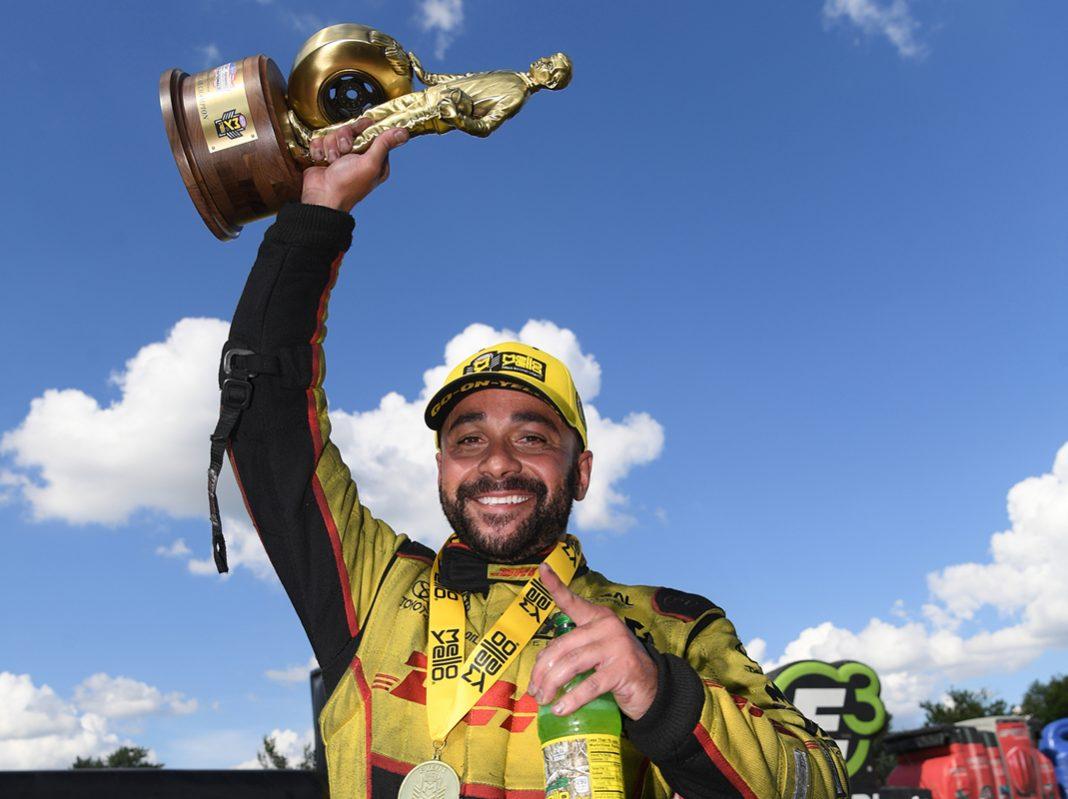 J R Todd Repeats As U S Nationals Funny Car Champ