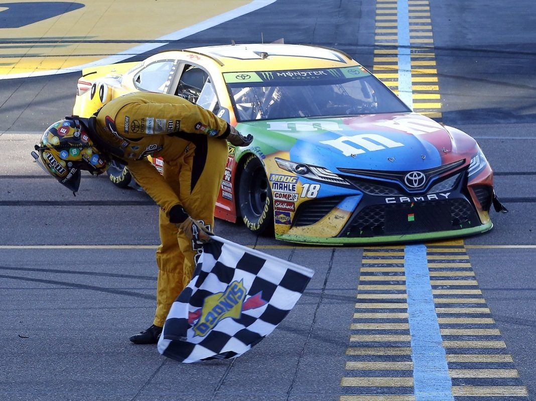 Toyota Virginia Beach >> Kyle Busch Makes Title Push With Win At ISM Raceway | SPEED SPORT
