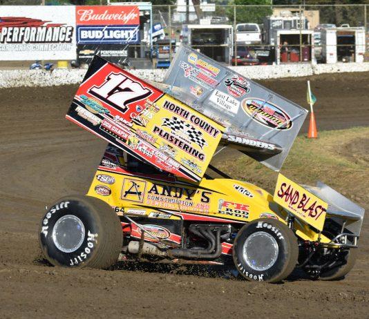 Justin Sanders en route to victory at Ocean Speedway. (Joe Shivak photo)