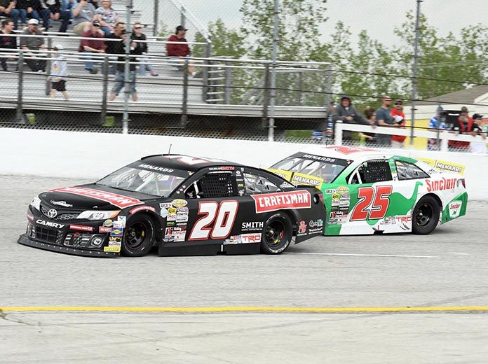 Chandler Smith (20) races ahead of Michael Self Sunday at Toledo Speedway. (Frank Smith Photo)